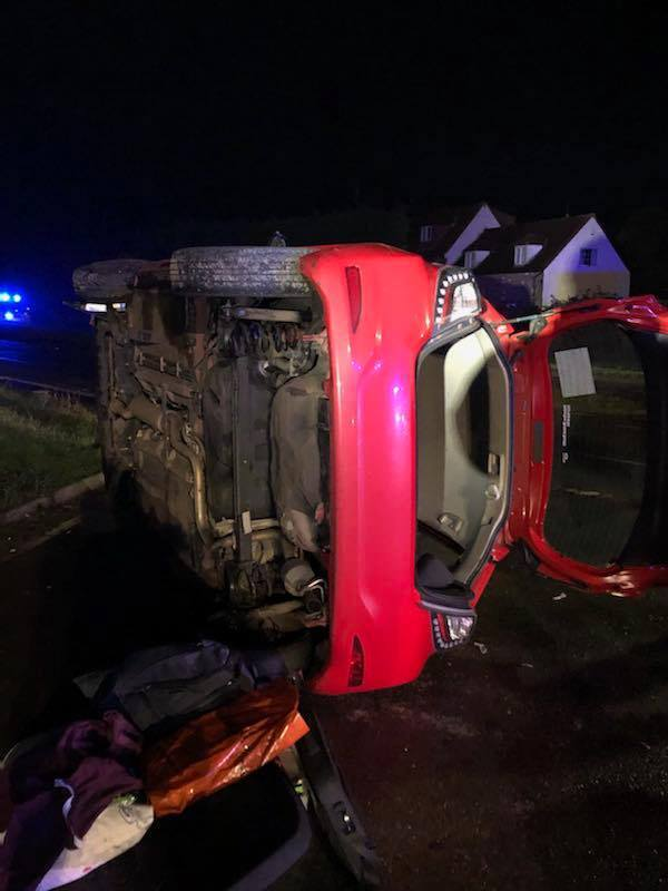 Thornbury firefighters rescue people trapped in car after crash - Gazette Series
