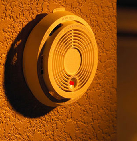 Test your smoke alarms when you turn your clocks back, urges fire service