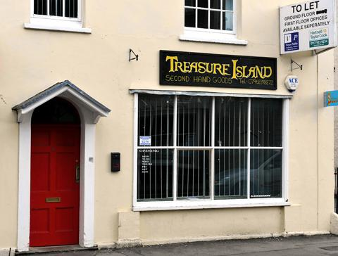 Treasure Island in Thornbury