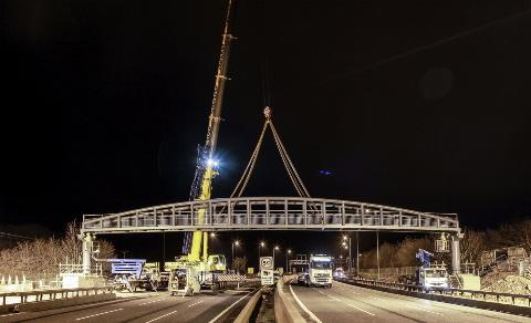 The new Pegwell Brake footbridge over the M5 between junctions 16 and 17