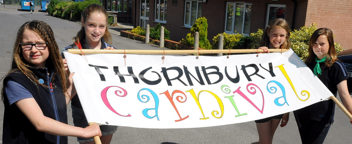 Thornbury and Alveston guides ready to lead the carnival last year
