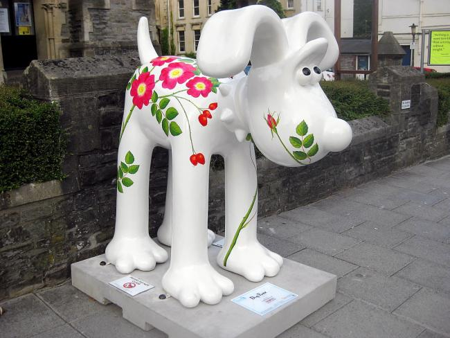 Yate's AC Services Gromit, Dog Rose, on display outside Tyndale Baptist Church on Whiteladies Road, Bristol