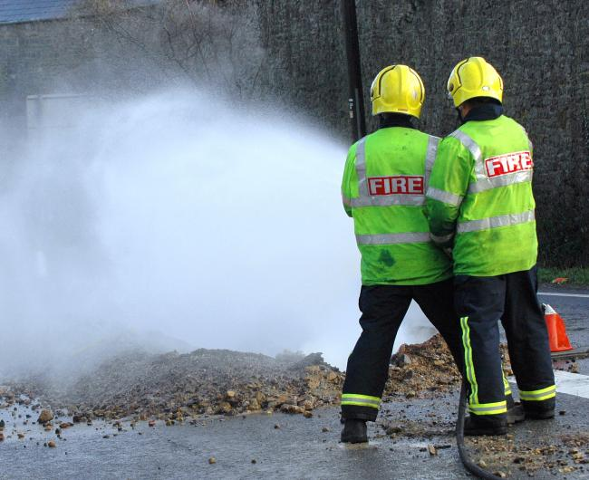 Over 20 firefighters called to tackle barn blaze between Dursley and Tetbury