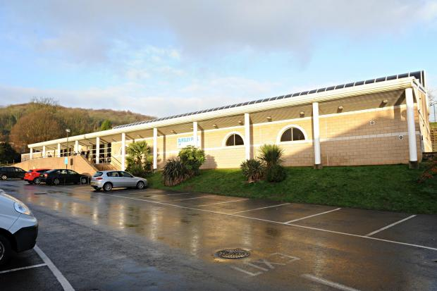 Dursley Swimming Pool to be transformed into leisure centre