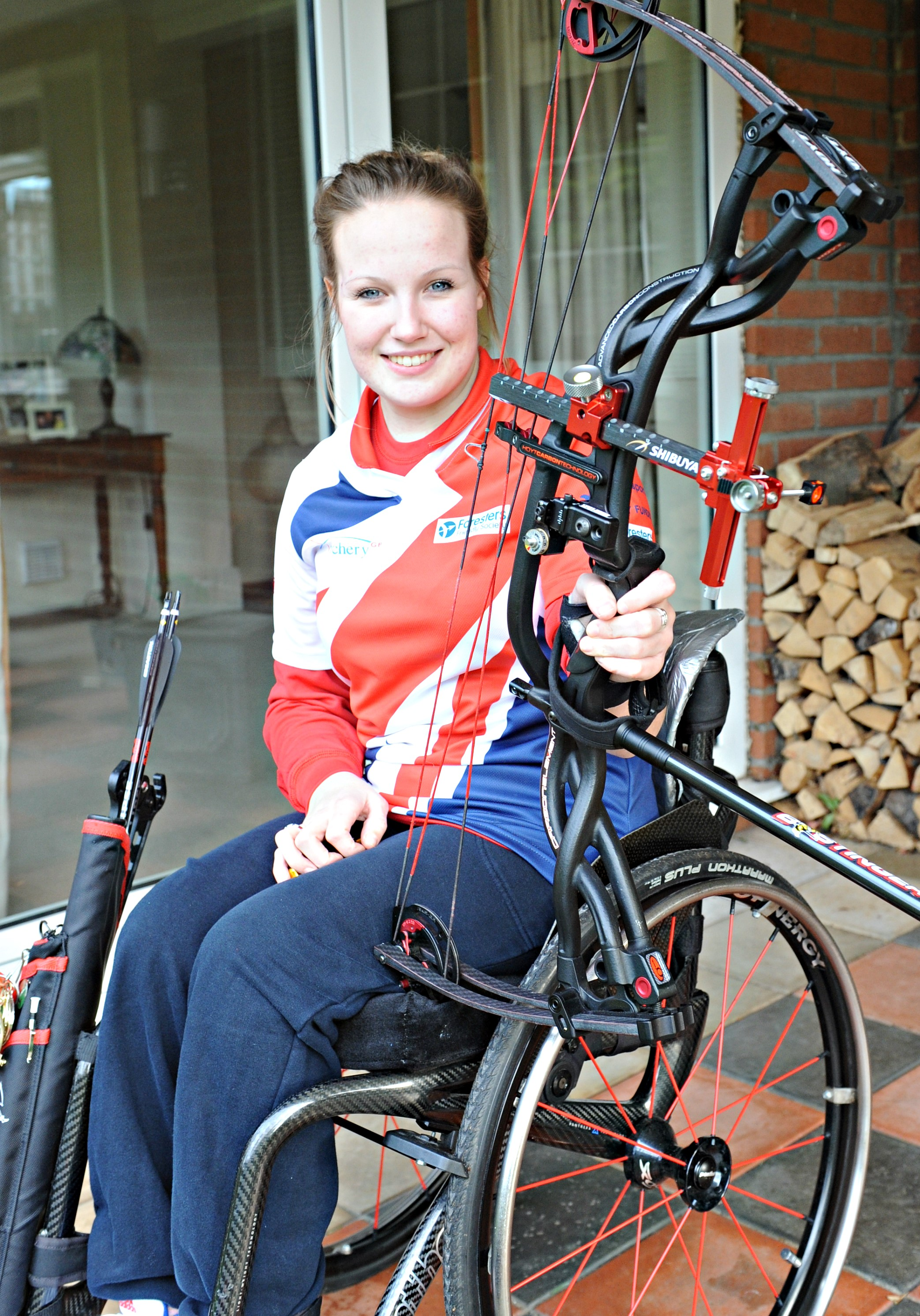 Archery: Kingswood teenager Chloe Ball sets sights on Rio 2016