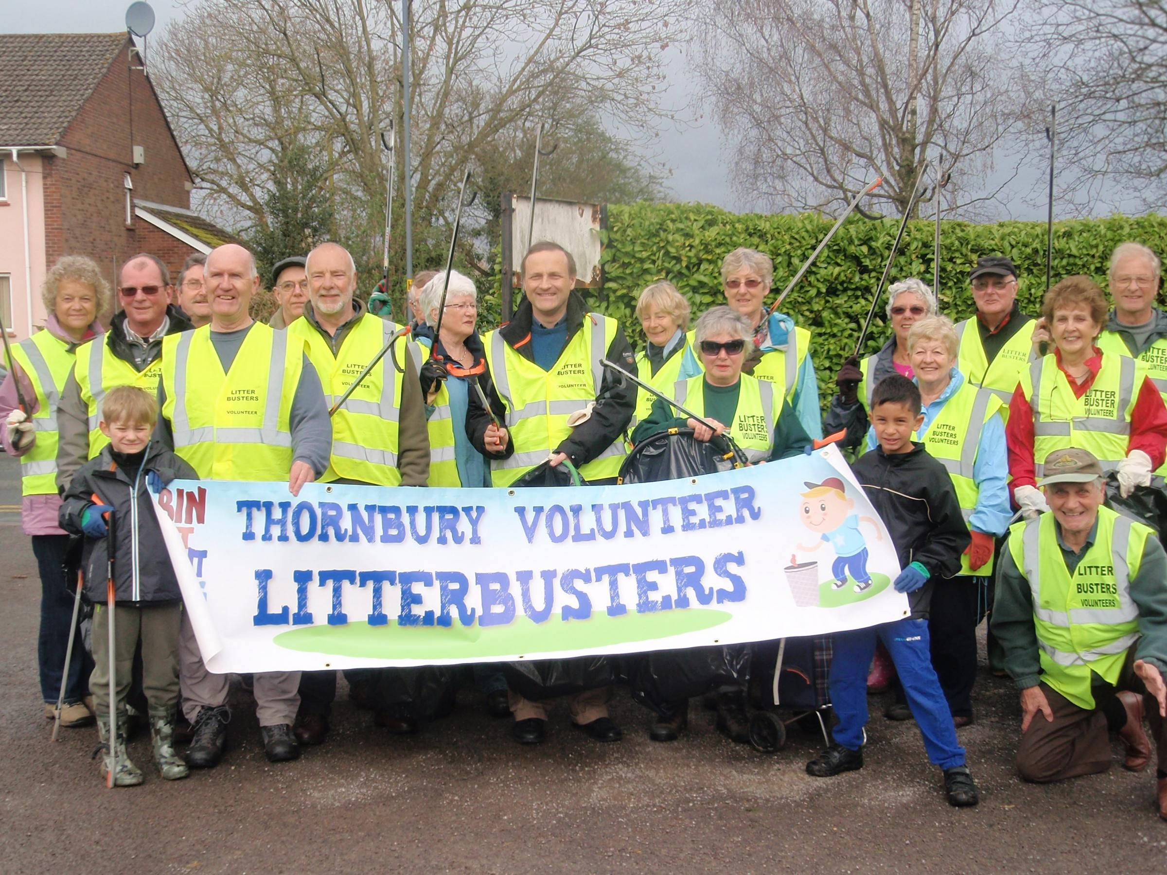 Members of Thornbury Litter Busters with Thornbury and Yate MP Steve Webb (5202734)
