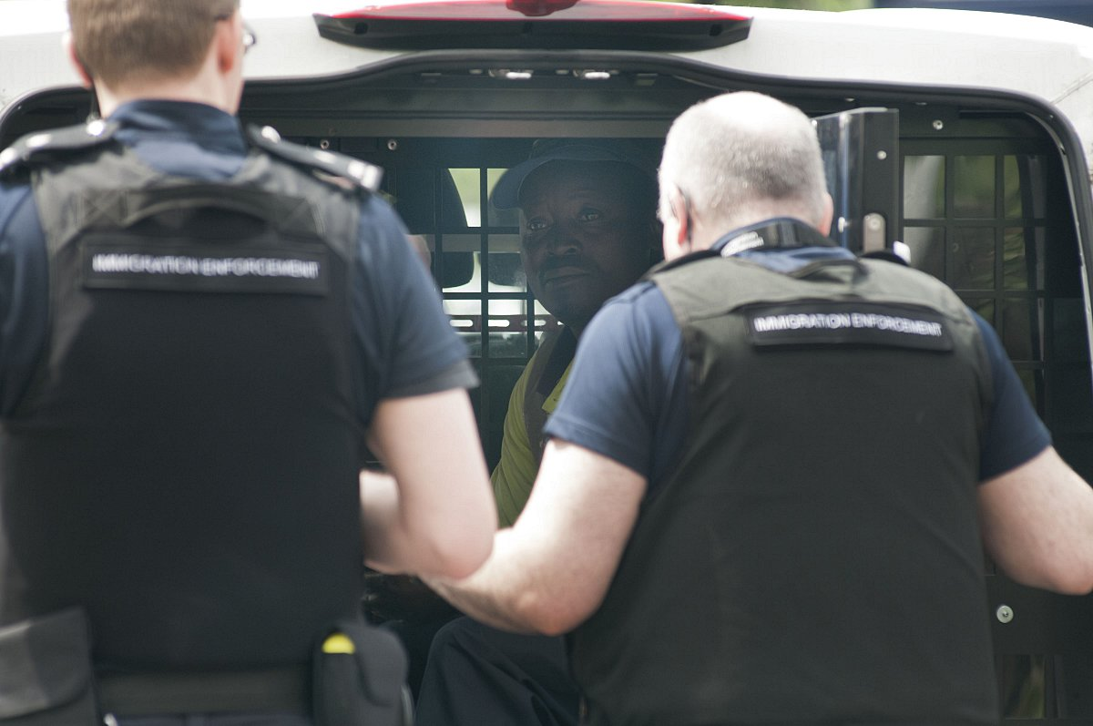 Illegal immigrants found in Yate lorry