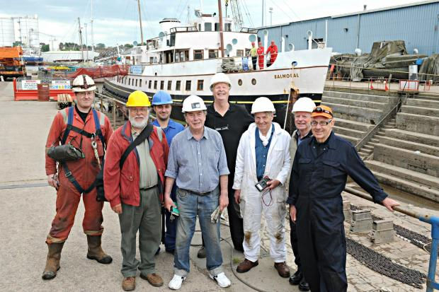 Volunteers ready for restoration work on the Balmoral in Sharpness dry dock (6373266)