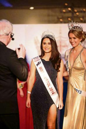 Wotton-under-Edge's Naomi Dunbar, crowned Miss Bristol in March, is to attempt a skydive for charity (6837418)