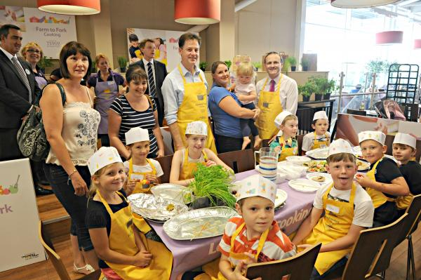Yate youngsters cook up tasty treats for Deputy Prime Minister Nick Clegg
