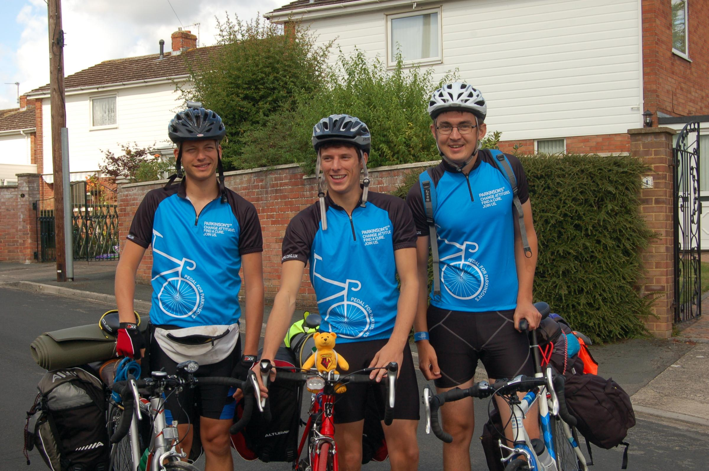 Three ex-KLB students cycling to Amsterdam for charity