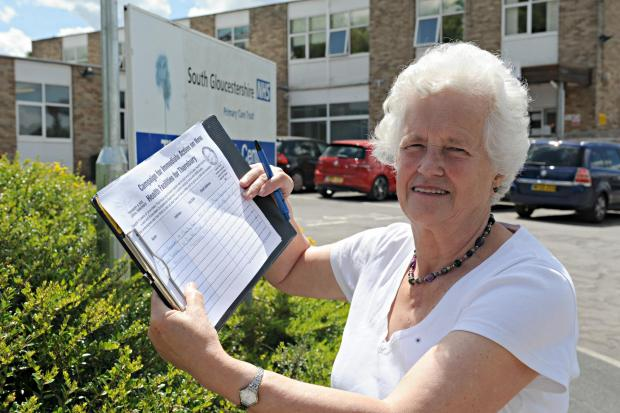 Shirley Holloway with her petition outside the Thornbury Health Centre (7509409)