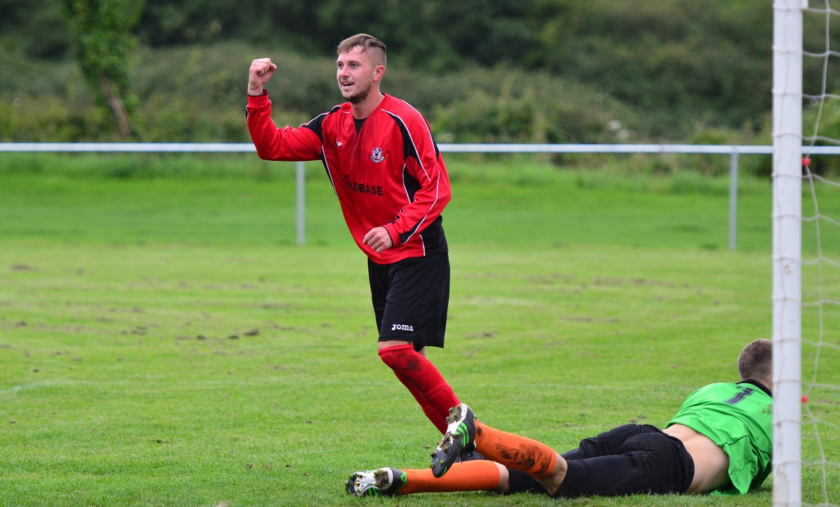 Thornbury Town striker Craig Lancastle. Pic: Thomas Shorey