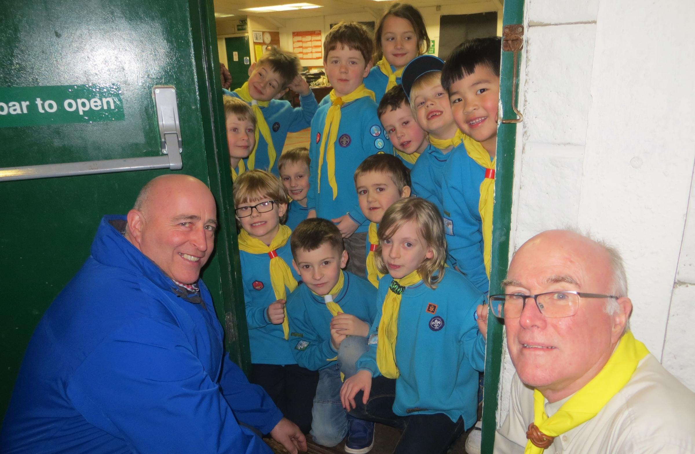 Scouting group from Thornbury appeal to shoppers to help repairs fundraising campaign