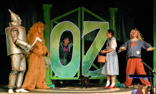 Scene from the DODS production of the Wizard of Oz
