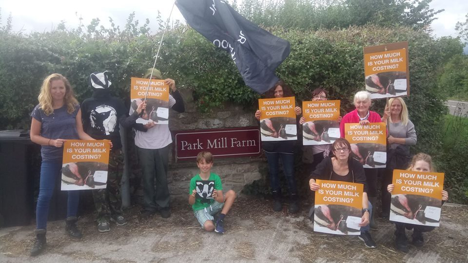 Protesters at Park Mill Farm, Oldbury Lane