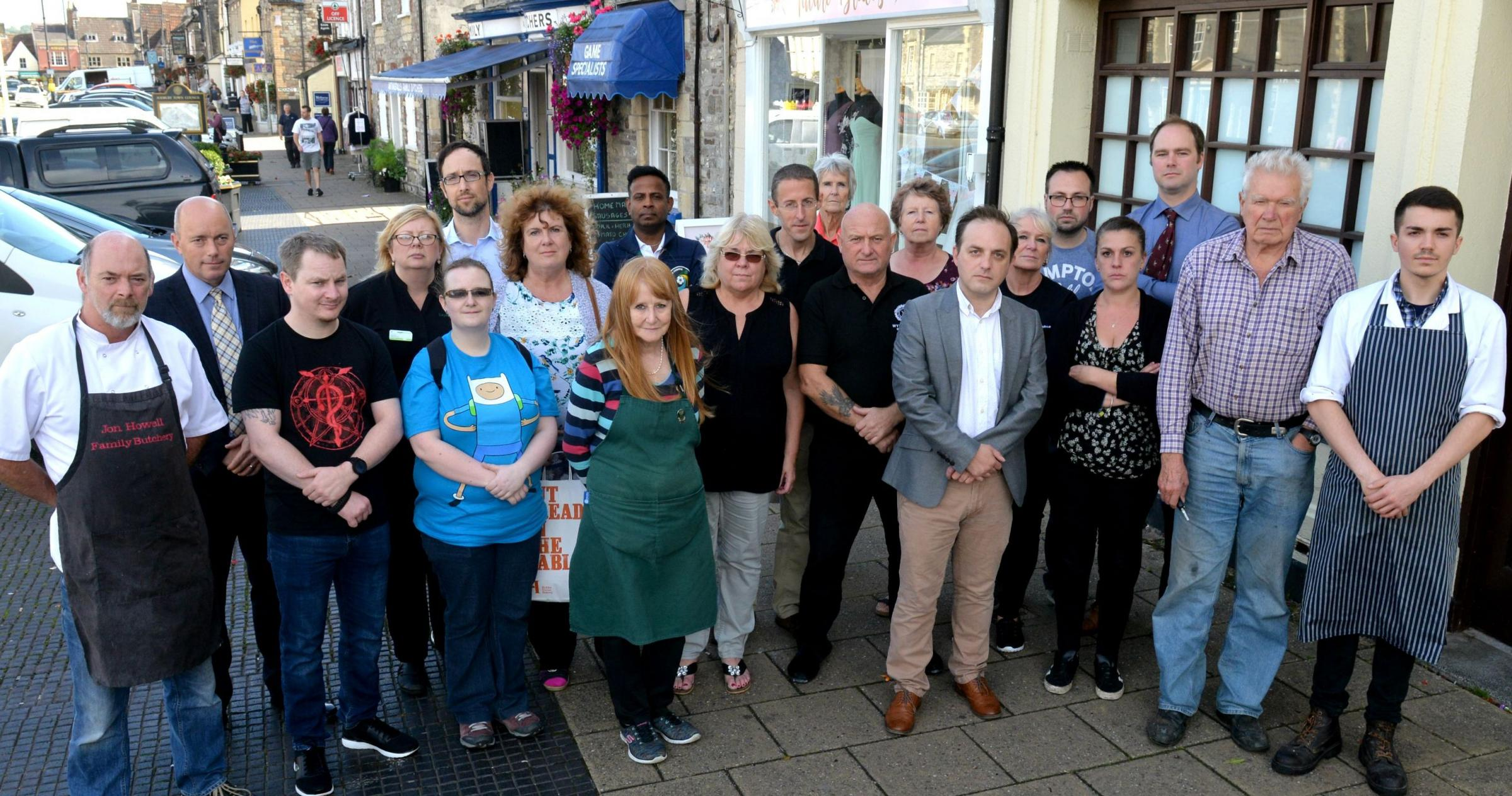 Chipping Sodbury business owners and traders are unhappy at the lack of a cash machine in the town